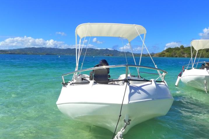 pour la plus belle excursion dans les ilets du Robert : louer un bateau moteur sans permis TiCanots