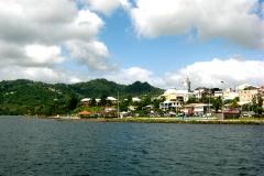 Le bourg du Robert, entre mer et mornes
